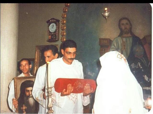 الشماس مجدي فانوس مع البابا شنودة (3)
