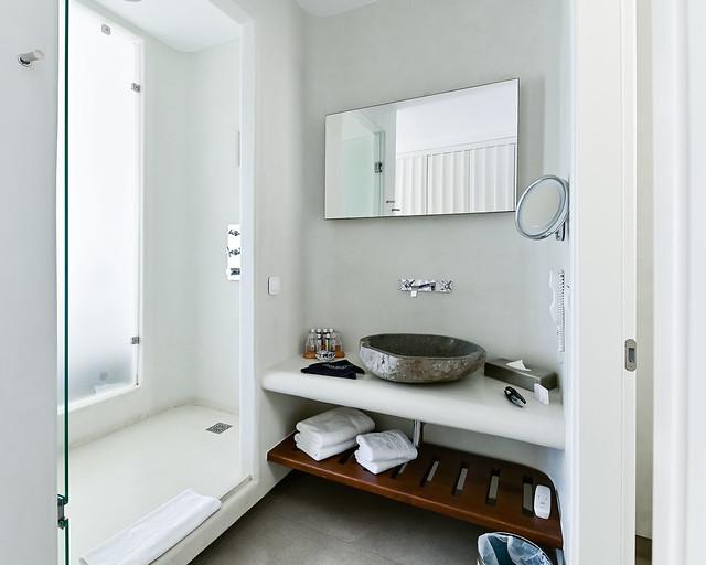 Cuarto de baño del hotel Amazon en Grecia