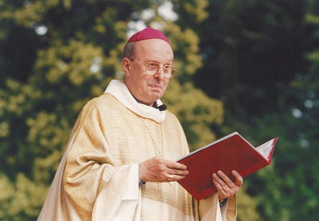 Mgr François Favreau 1929-2021