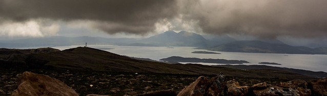 Bad weather coming  - Skye still visible thought