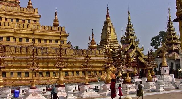 MYANMAR,Burma - Bagan-Nyaung U ,rund um die Shwezigon-Pagode, 78411/13922