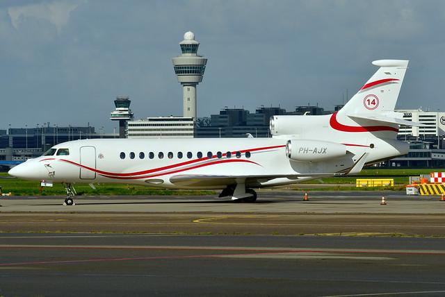 PH-AJX Falcon 7X 102 Flying Service / Verwelius Holding (14 - Johan Cruijff) 210729 Schiphol 1001
