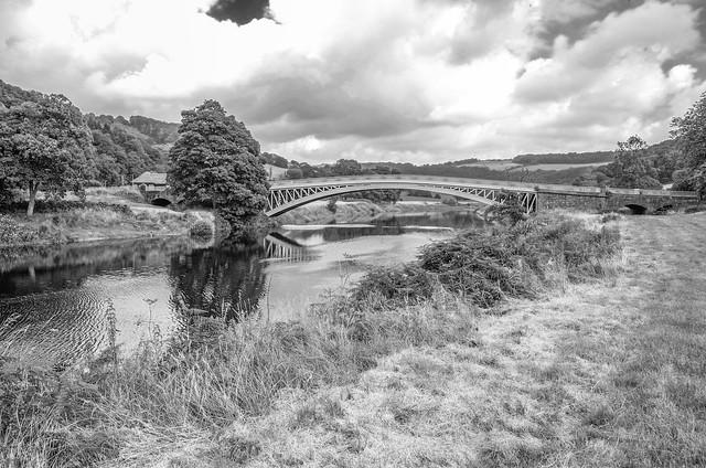 L2016_3477_bw - Bigsweir Bridge - River Wye