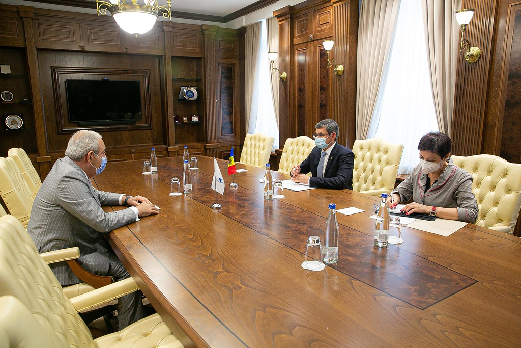 Întrevederea Președintelui Parlamentului, Igor Grosu, cu Secretarul General al APCEMN, Asaf Haliyev