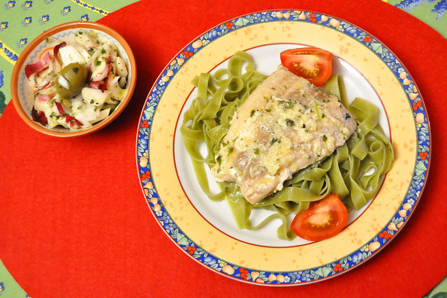 August 2021 ... Lachs, grüne Bohnen, Radicchio-Salat ... Brigitte Stolle