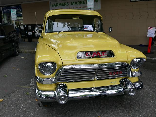 1957 GMC 9300