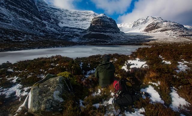 Winter picnic at Lochan Coire na Poite