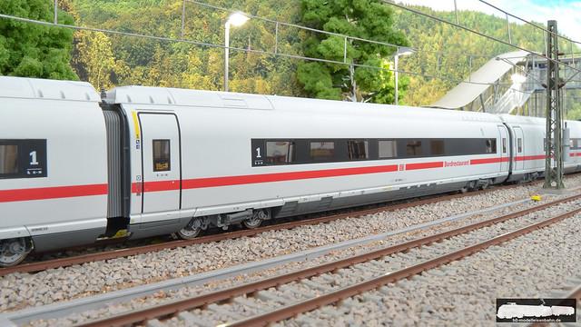 Roco 72094 - 2 ICE Velaro Triebzug 407 008 der DB AG