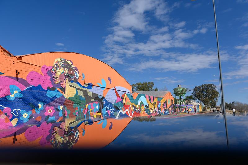Más de 800 metros cuadrados de arte en Costanera Sur