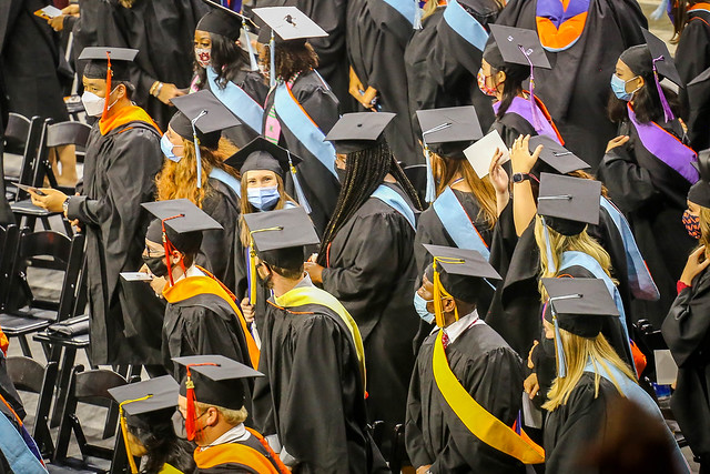 8.6.2021_Alyssa_Graduation_Ceremony.54