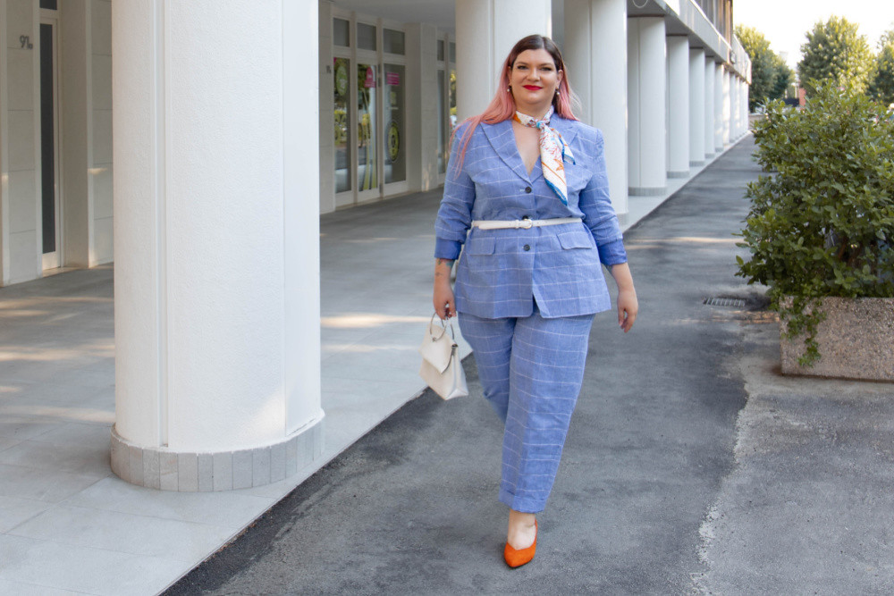 Outfit Curvy plus size completo sumissura recensione (3)