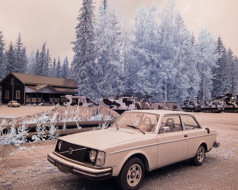 Infrared of the day 72: 142 with a little 600 in the background
