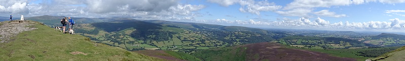 Sugar Loaf Circular: Summit Panorama - Trig point to Skirrid
