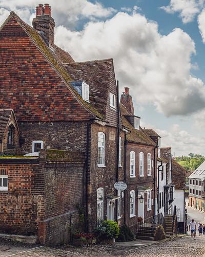 lane cobbles medieval buildings hill view vista rye rotherdistrict eastsussex england uk unitedkingdom nikon d500 nikond500 mermaidstreet