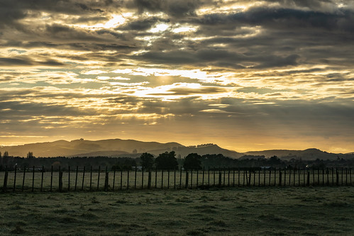 ilce7m2 sony 2021 wairarapa newzealand nature nz outdoors landscape cloudscape winter seasons rural mountain week322021 fri06august2021 52weeksthe2021edition light