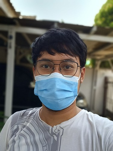 Hasil Selfie Portrait Samsung Galaxy M32