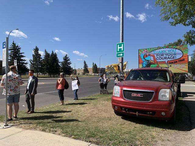 United Nurses of Alberta Day of Action - Misericordia Hospital