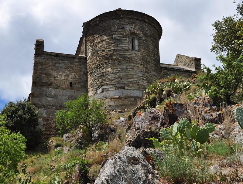 Abside, prieuré Ste Marie de Serrabona, XIe siècle, Boule d'Amont, Pyrénées orientales, Roussillon, Occitanie, France.
