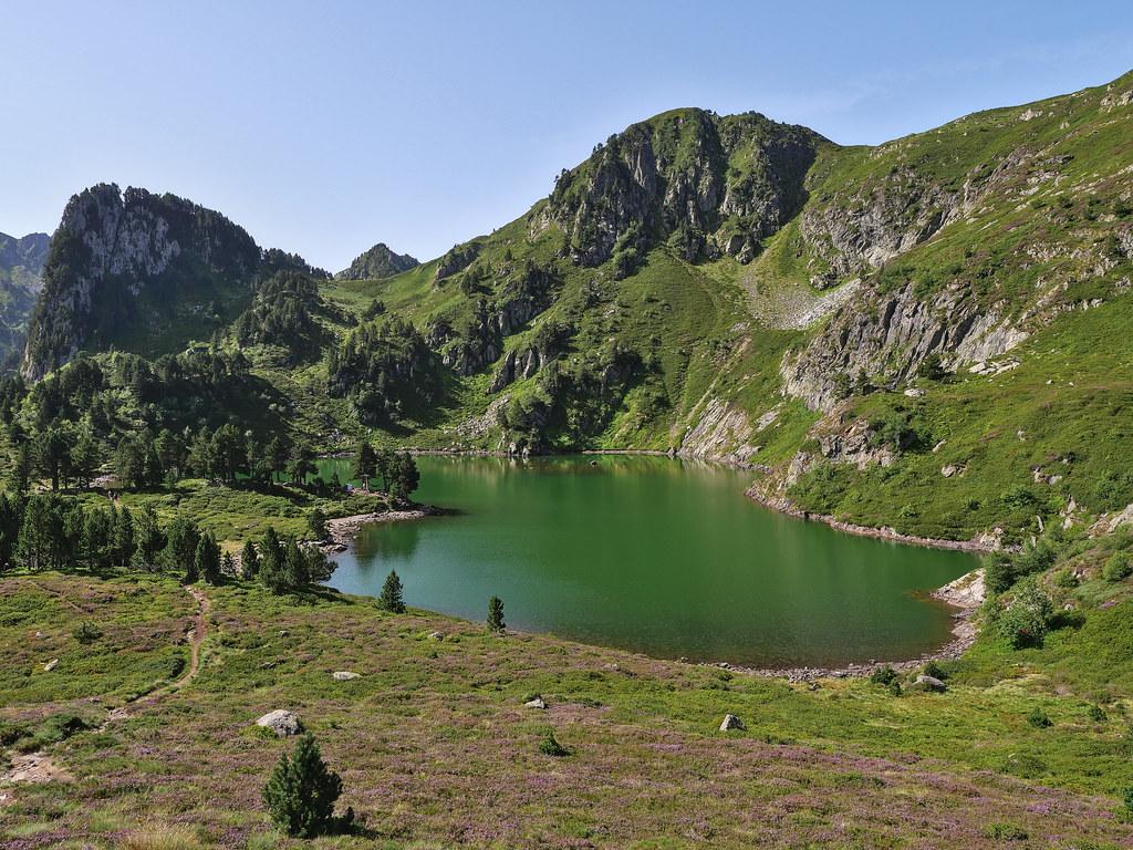 Boucle Pic du Tarbésou, Roc de Bragues et étangs Bleu et Noir 51373656871_db7d41612c_b