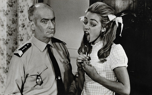 Louis de Funès and Genevieve Grad in Le gendarme se marie (1968)