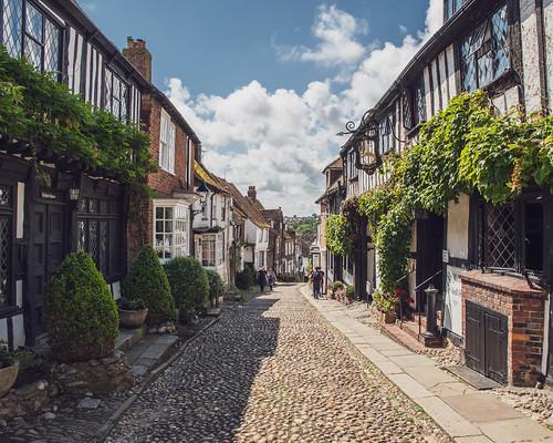 mermaidstreet lane cobbles medieval buildings hill view vista rye rotherdistrict eastsussex england uk unitedkingdom nikon d500 nikond500