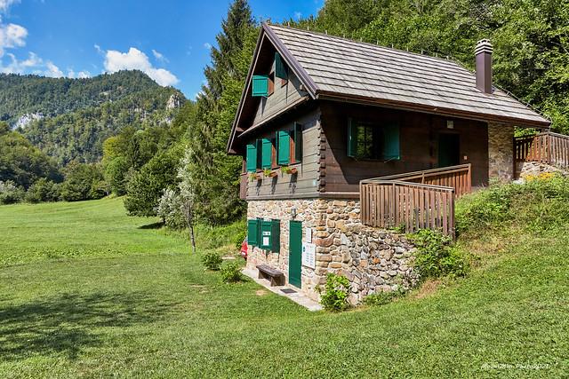 Rodna kuća rijeke Kupe u Kuparima Gornjim