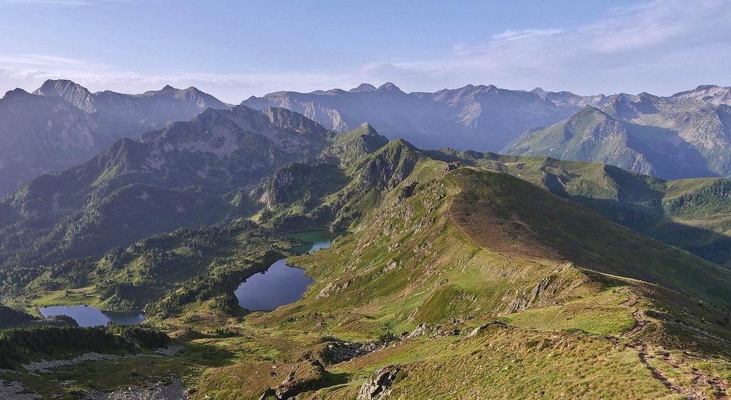 Boucle Pic du Tarbésou, Roc de Bragues et étangs Bleu et Noir 51374393359_66d1277b92_b