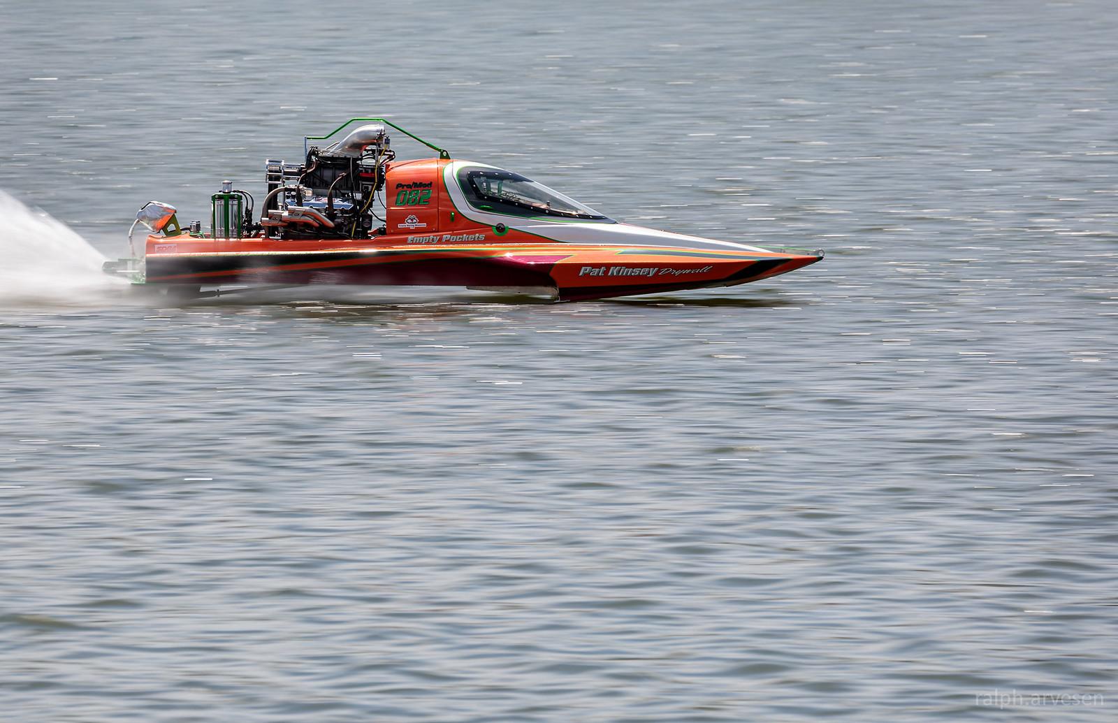 Drag Boats | Texas Review | Ralph Arvesen