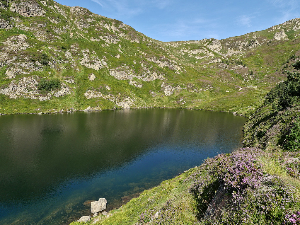 Boucle Pic du Tarbésou, Roc de Bragues et étangs Bleu et Noir 51374661495_be9899d3f0_b