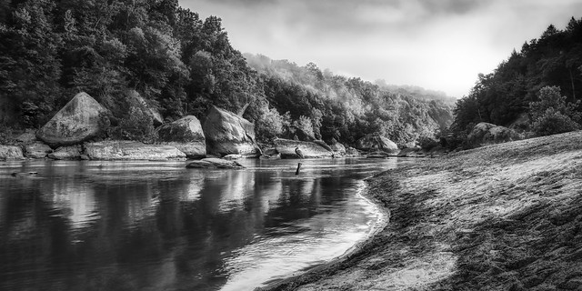 90D_2231 Cumberland River in Black and White