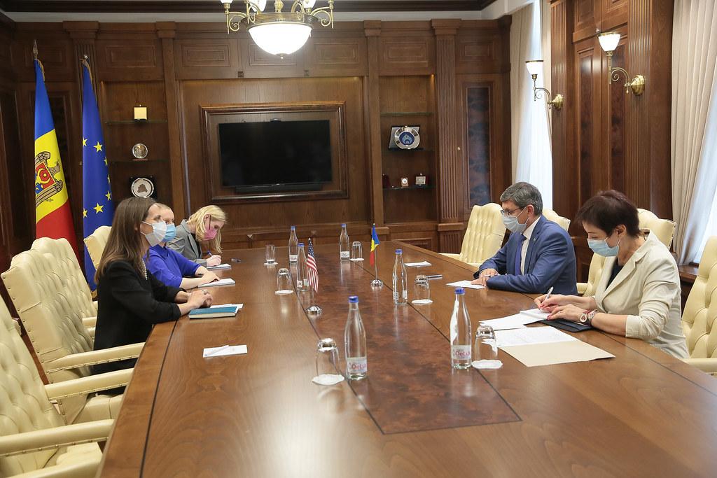 13.08.2021 Întrevederea Președintelui Parlamentului, Igor Grosu, cu Laura Hruby, Însărcinat cu afaceri ad interim, Șef adjunct al Misiunii diplomatice a SUA în Moldova
