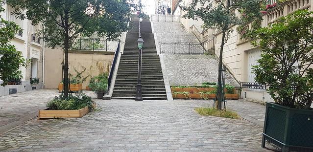 22 - Rue MontCenis