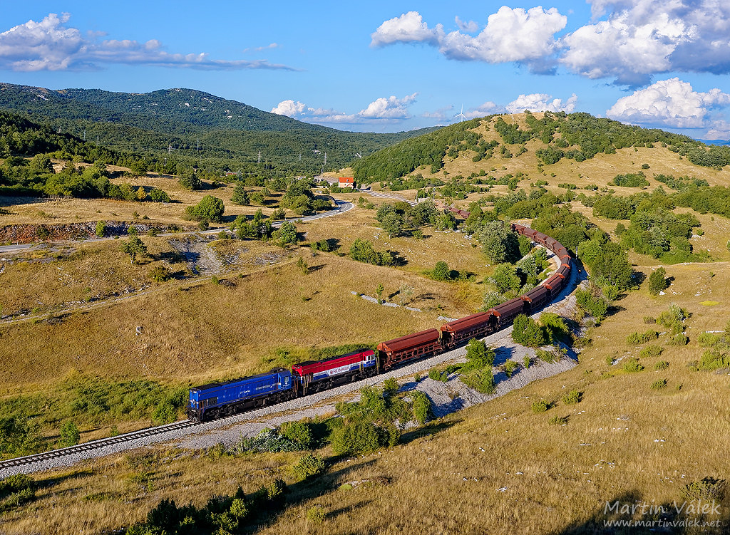 2062.025 + 2062.111 HŽ Cargo, Malovan (Croatia)