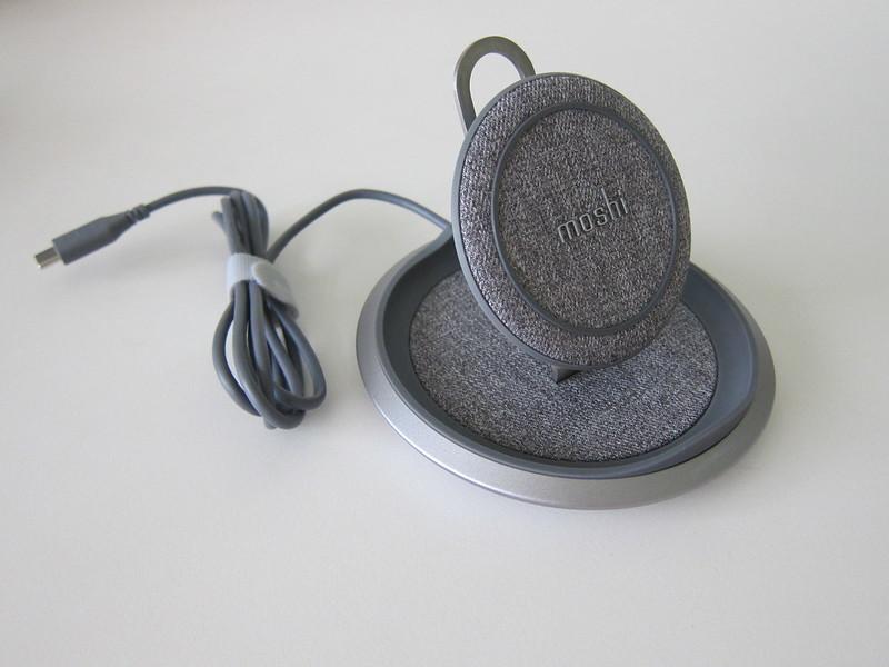 Moshi Lounge Q Wireless Charging Stand