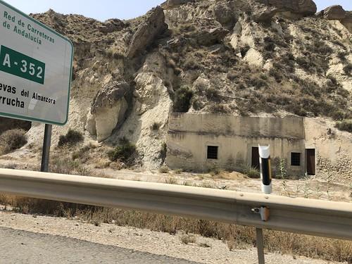 Las cuevas de Almanzora, desde el Tesla