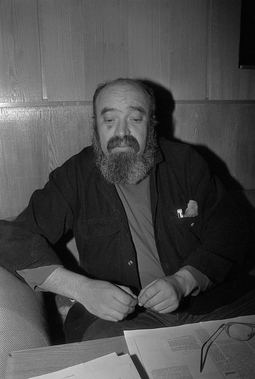 1996. Евгений Попов
