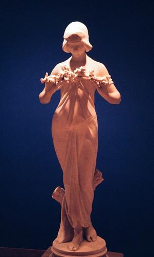 Statuette (1)