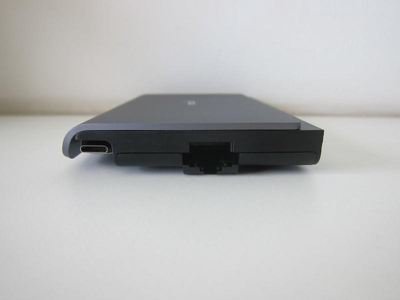 Moshi Symbus Mini 7-in-1 USB-C Hub - Left