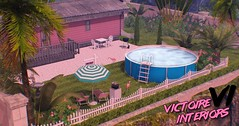 【1990's】 - Decorated lake view land FOR SALE by Victoire Interiors