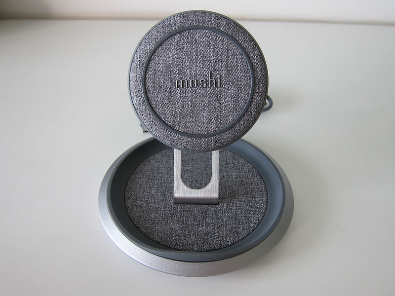Moshi Lounge Q Wireless Charging Stand - Front High