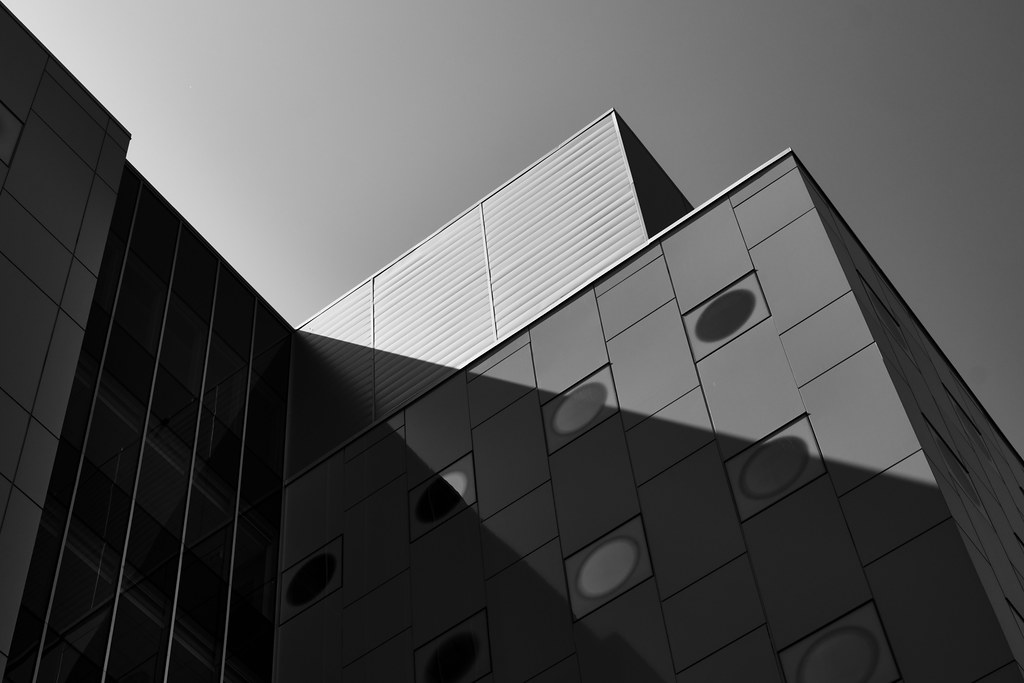 226/365 : Shapes and Shadows