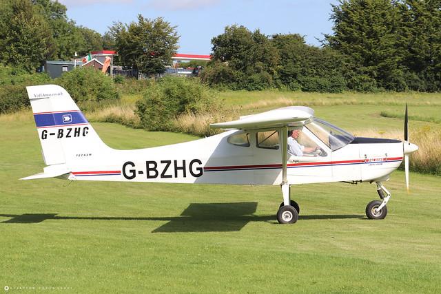 G-BZHG  -  Tecnam P92EM Echo c/n PFA 318-13606  -  EGHP 14/8/21