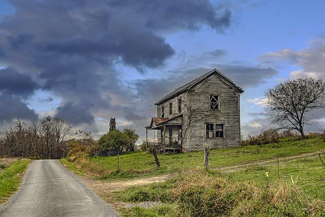 Farmhouse at Smoot (Explored)