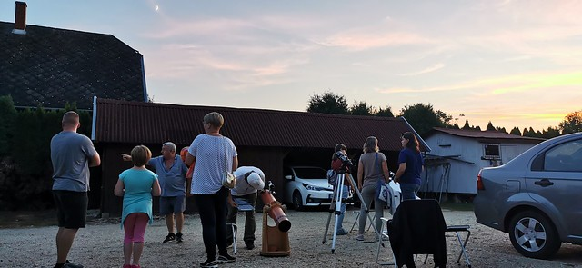 VCSE - Egész családok is érkeztek a bemutatóra - Fotó: Ágoston Zsolt