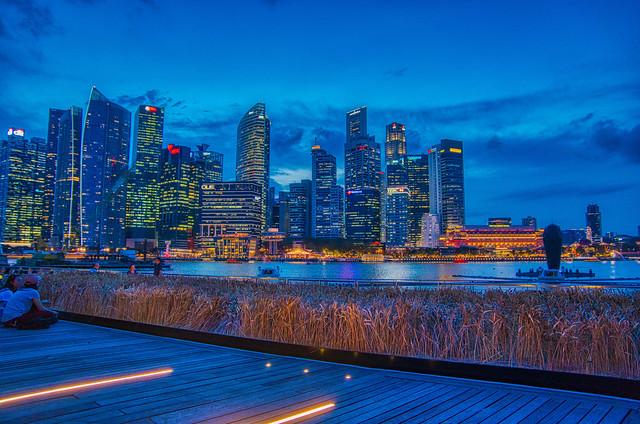 Evening skyline of Singapore at Marina Bay