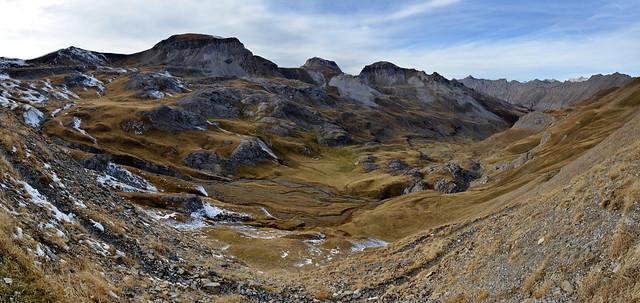 France - Alpes - parc national du Mercantour - vue du col de la Bonette