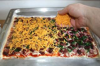 12 - Dredge with more cheese / Mit Mehr Käse bestreuen