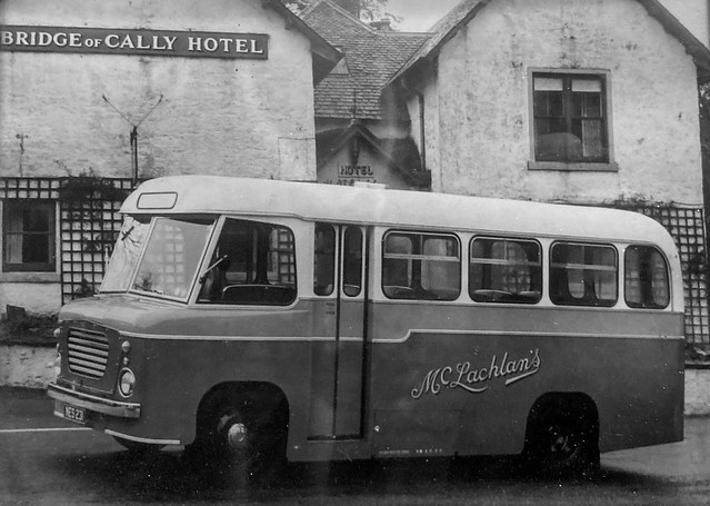 The wee bus on the brig