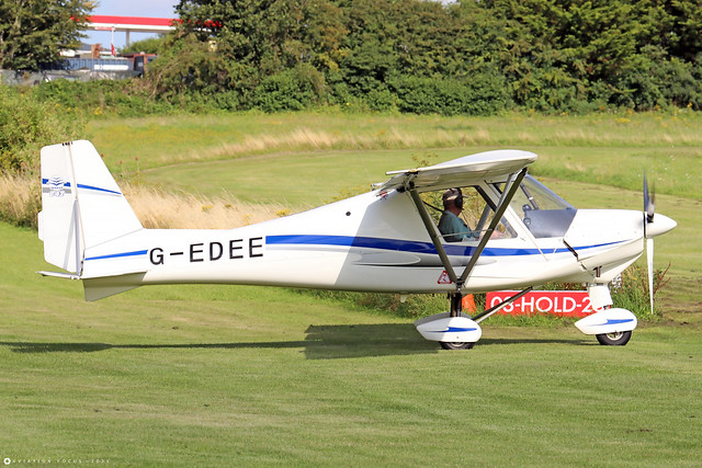 G-EDEE  -  Comco Ikarus C42 FB100 c/n 0511-6769  -  EGHP 14/8/21