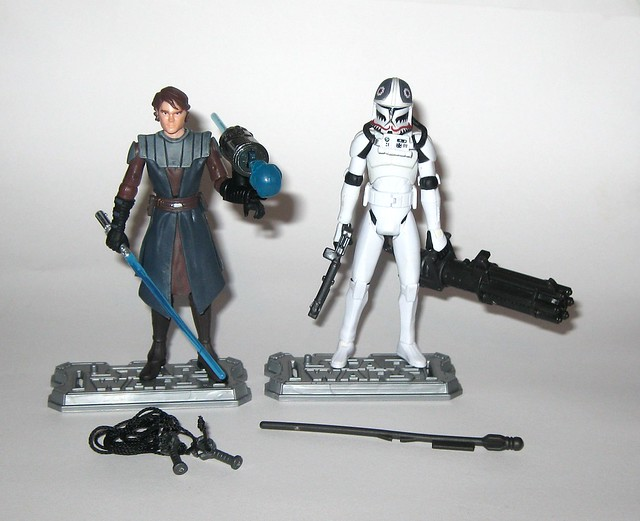 anakin skywalker and clone pilot matchstck from star wars the clone wars shadow of malevolence 2 pack red and white card 2009 hasbro e